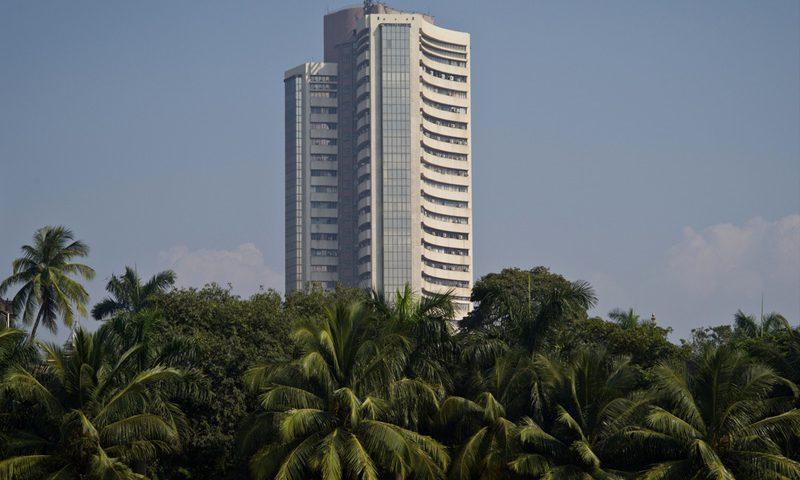 Sensex, Nifty slip as U.S.-China tensions weigh; all eyes on RBI